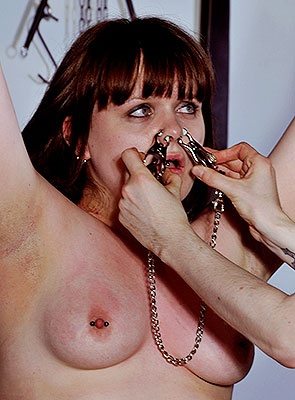 ledbythenose01-extreme-female-nose-clamps